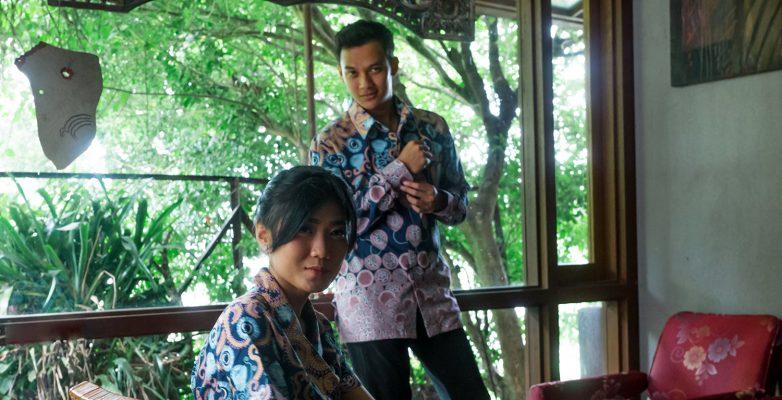 Kemeja dan Desain Batik Fractal untuk SCHOTT