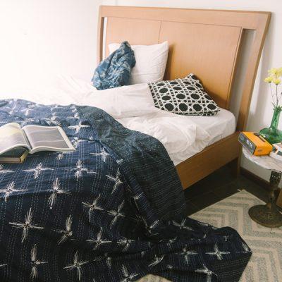Blue Lebah Manis Quilt 1 Batik Fractal Home Decor