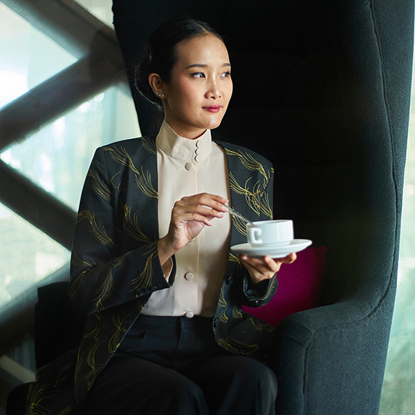 Black DAMI MANGIL BLAZER COAT WOMAN Batik Fractal Uniform