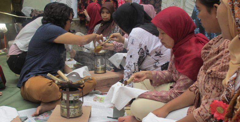 Pemberdayaan Batik Fractal di Bandung
