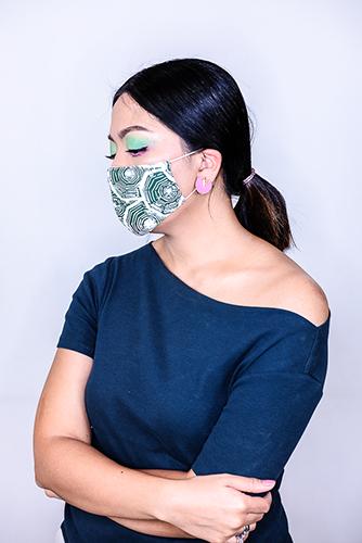 batik fractal mask sisik hijau 1