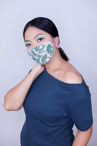 batik fractal mask sisik hijau 2