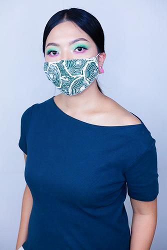 batik fractal mask sisik hijau 3