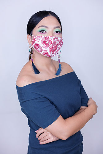 batik fractal mask sisik merah 1