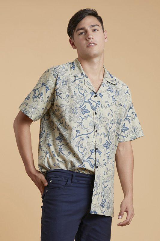 White Peony Batik Frac1al Casual Men Shirt 2