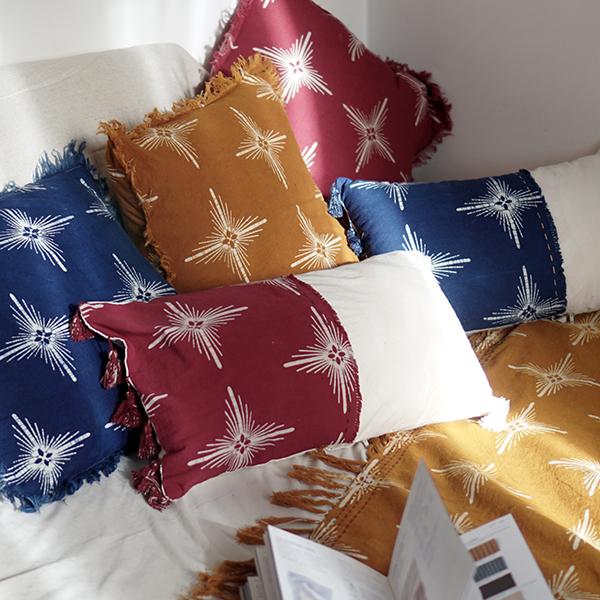 rec pillow red 2